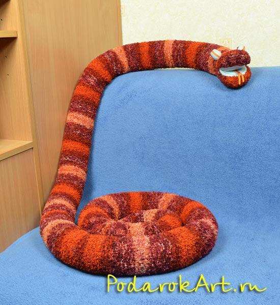символ змея вязание крючком.