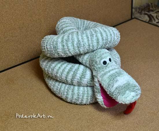 змея игрушка мягкая к Новому году